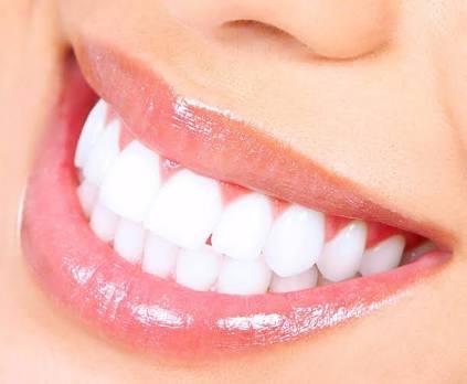 Dişlerin Bitkilerle Tedavisi