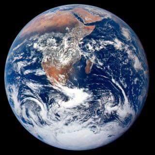 Neden tüm gezegenler yuvarlak?