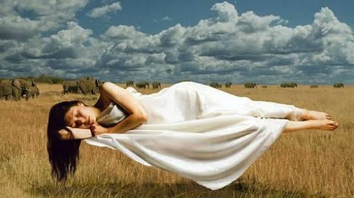 Uyuyan Kişiyi Havaya Uçurmak